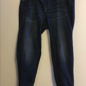 Rolled crop Jean